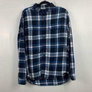 American Eagle Blue Plaid Button Up Long Sleeve
